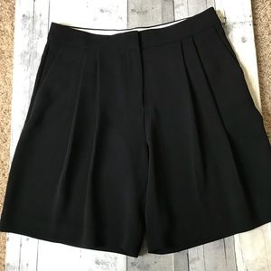 J. Crew Shorts - ☀️ J. Crew Pleated Crepe Short in Black - 828